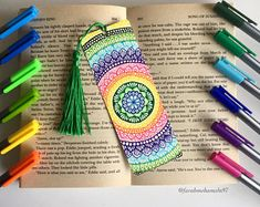 Mandala bookmark Would love to make your own bookmark with the colors you love ? Contact me to creat the perfect custom bookmark The options are endless ; Custom Bookmarks, Creative Bookmarks, Diy Bookmarks, Bookmark Ideas, Zentangle Drawings, Mandala Drawing, Zentangles, Mandala Book, Mandala Art
