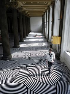 With regular vinyl tape, Glasgow-based artist Jim Lambie transforms any given space into a colorful, mesmerizing landscape that often create optical illusions. Geometric Floor Installation by Jim Lambie Floor Patterns, Textures Patterns, Geometric Patterns, Interior Exterior, Interior Architecture, Classic Architecture, Creative Architecture, Building Architecture, Jim Lambie
