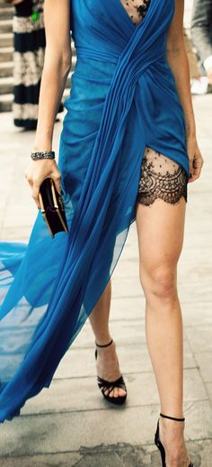 ~ ♥ ~ J'ADORE BLEU ~ ♥ ~                        *peek of lace / gown by Jason Wu
