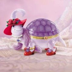 Red Hot Hattie Collectible Turtle Music Box