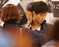 ZioZia Fan Signing Event - Kim Soo Hyun [ April 26, 2013].