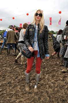 Red jeans, denim top, hunter wellies. Perfection