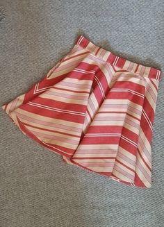 Įsigyk mano drabužį #Vinted http://www.vinted.lt/moteriski-drabuziai/sijonai-iki-keliu/21068633-zara-skater-tipo-dryzuotas-sijonas