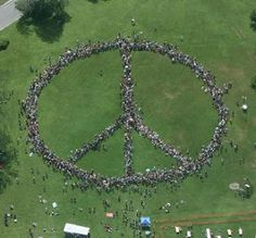 Human Peace Sign | Human Peace Sign Ithaca Guinness World Record | World Most Amazing ...