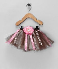 Playing dress-up has never been more fun! This vibrant tutu can help any little princess strike some whimsical poses and save the day from frowns. Its spunky and sweet layers can make any angel's outfit pop.
