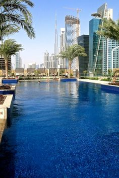 Piscina do JW Marriott Marquis Hotel in Dubai