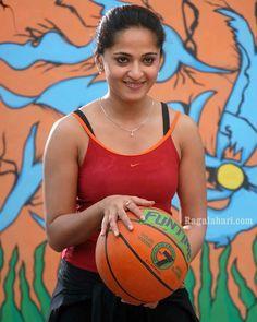 Cute Beauty, Beauty Full Girl, Beauty Women, Beautiful Girl Indian, Beautiful Indian Actress, Hot Actresses, Indian Actresses, Actress Anushka, Tamil Actress