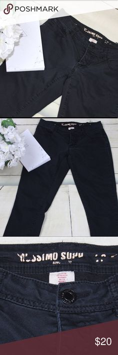Mossimo Junior's Size 5 Black Skinny Pant Jeans See pictures above for details Measurements (taken with jeans laying flat); Waist: 13.5' Rise: 8.5' Inseam: 28.25' Length: 36.25' Leg Opening: 5.25' Mossimo Supply Co. Jeans Skinny