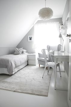 Would be a perfect tiny bedroom or guest room in the Attic of a tiny house Dorm Room Decor Ideas Attic Bedroom Guest house Perfect room Tiny Ikea Bedroom, Room Ideas Bedroom, Small Room Bedroom, Home Bedroom, Bedroom Decor, Dorm Room, Bedrooms, Attic Bedroom Designs, Dream Rooms