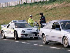 a police-liveried Ford Lamborghini, Ferrari, Ford Rs, Car Ford, Bugatti Veyron, Audi R8, Porsche 911, British Police Cars, Carros Suv