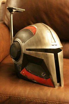 Stalker Helmet color pattern and faux brushed metal.