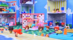 THIS IS SO CUTE!  We made a cute little set for our My Mini MixieQ's! This project is a great way to PLAY and STORE! LOVE IT!!!    ch... My Mini Mixieqs, Myfroggystuff, Barbie Furniture, Miniture Things, Diy Dollhouse, Summer Baby, Toys For Girls, Legos, Free Printables