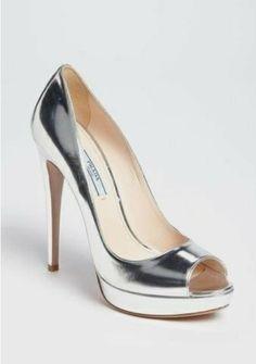 A(z) 570 legjobb kép a(z) Fashionable footwear - Divatos cipők ... 7e7bf536c6