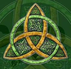 Celtic Trinity Knot. I just might have to try this on a quilt.