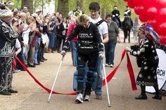 La Tribunera: Mujer paralítica termina Maratón de Londres