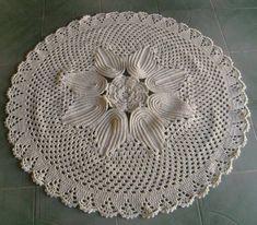 Trabalho feito artesanalmente em croche na cor crú  Fique a vontade para perguntar  cris-croche@hotmail.com