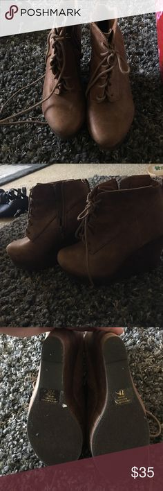 ⭐️FINAL MARKDOWN⭐️New Shi by journeys wedge bootie Brand new no box tannish brown Shi by journeys wedge booties. Shi  Shoes Ankle Boots & Booties