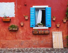 "Check out new work on my @Behance portfolio: ""Burano colors"" http://be.net/gallery/44555251/Burano-colors"