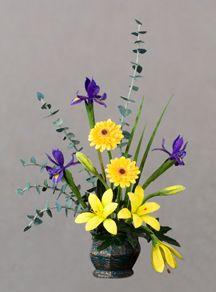 Ikebana Lilies, Dutch Iris, Gerbera Daises - Dollhouse Miniatures - Pepper Wood Miniatures