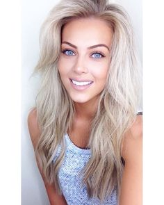 Shop our online store for blonde hair wigs for women.Best Lace Frontal Hair Blonde Wigs Plucking Lace Front From Our Wigs Shops,Buy The Wig Now With Big Discount. Blonde Wig, Short Blonde, Frontal Hairstyles, Wig Hairstyles, Blonde Beauty, Hair Beauty, Androgynous Haircut, Real Hair Wigs, Girls Short Haircuts