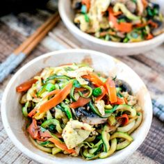 One Pot Spicy Thai Zoodles are the perfect healthy meal! Substitute zucchini noodles for pasta & this dish is a low calorie meal!