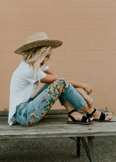 Free People Embroidered Girlfriend Jean   ROOLEE
