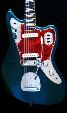 These vintage fender guitar are amazing #vintagefenderguitar