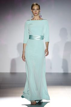 Casual Dresses, Fashion Dresses, Formal Dresses, Wedding Dresses, Mom Dress, Dress Up, Beautiful Gowns, Classy Outfits, Designer Dresses
