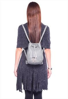 Leather Grey Bag - Bucket bag with Long Tassel and Silver Metalic Chain - Pouch - Backpack - Crossbody - Shoulder Bag - Drawstring Pouch Leather Bags Handmade, Handmade Bags, Drawstring Pouch, Crossbody Shoulder Bag, Grey Leather, Italian Leather, Bucket Bag, Fashion Backpack, Tassels