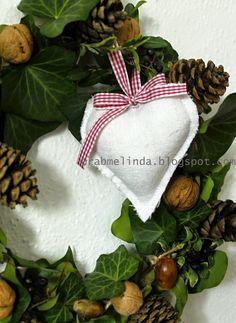 drabmelinda Christmas Ornaments, Holiday Decor, Diy, Crafts, Home Decor, Manualidades, Decoration Home, Bricolage, Room Decor