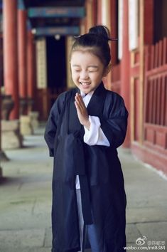 A smile is the answer to most things in this world. These 3 Little Daoist Monks Are Adorably Cute http://www.visiontimes.com/2015/05/28/these-3-little-daoist-monks-are-adorably-cute-photos.html