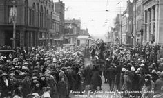 Port Arthur Hockey Team Wins the Allan Cup, 1925 Hockey Teams, Ice Hockey, Port Arthur, University Of Toronto, Thunder, Crowd, Competition, March, Street View