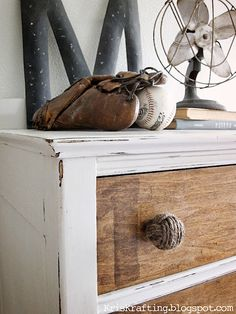 DIY-Makeover your old knobs with jute twine, Here is the How-to!  Great Idea!