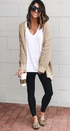 schöne Herbst und Winteroutfits beautiful autumn and winter outfits - - Winter Outfits For Teen Girls, Comfy Fall Outfits, Fall Winter Outfits, Casual Outfits, Work Outfits, Winter Clothes, Comfy Work Outfit, Spring Outfits, Casual Dresses