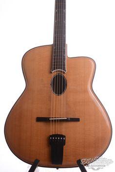 Joseph Jesselli | Joseph Jesselli Carved Grand mastermade Jazz guitar | TFOA