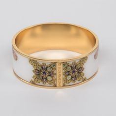 // Vergara Collection - Fortuna 2.5 - FLOR AMAZONA Bangles, Bracelets, Bracelet Designs, Collection, Amazons, Bracelet, Cuff Bracelets, Arm Bracelets, Bangle