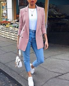Casual Friday Work Outfits, Smart Casual Outfit, Business Casual Outfits, Classy Outfits, Chic Outfits, Trendy Outfits, Celebrity Casual Outfits, Winter Fashion Outfits, Look Fashion