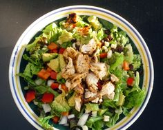 Image from http://www.solanoskitchen.com/wp-content/uploads/2013/09/southwest-chopped-chicken-salad.jpg.