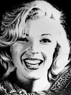 Marilyn Monroe by Geni-and-Art on deviantART | This image first pinned to Marilyn Monroe Art board, here: http://pinterest.com/fairbanksgrafix/marilyn-monroe-art/ || #Art #MarilynMonroe