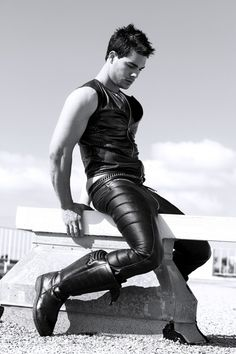 1000+ images about LEATHER MEN: Paint in Black on ...