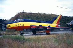 Sukhoi Su-22M-4 Fitter-K of the East German Navy (Volksmarine) in a farewell scheme Sept 27 1990