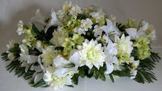 Dahlia headstone saddle arrangement