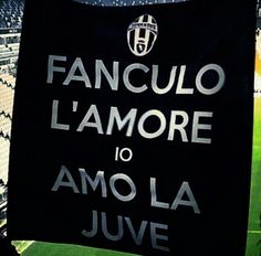 Juventus Stadium, Juventus Fc, Football Love, Football Girls, Soccer Players, My Passion, Sports, Funny, Photos