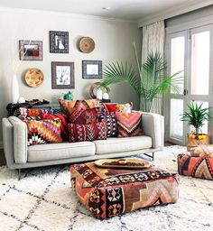 Vintage Decor Living Room Romantic Bohemian Style Living Room Design Ideas 21 - Below, you will discover a massive group of photos and ideas to pick from. Bohemian style decor is fantastic for […] Boho Living Room, Living Room Decor, Bedroom Decor, Living Spaces, Cozy Living, Bedroom Furniture, Bedroom Sets, Small Living, Furniture Design