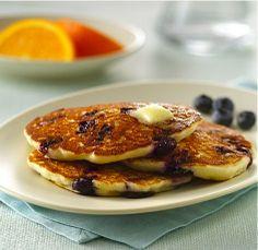 Blueberry Sour Cream Pancakes | #glutenfree