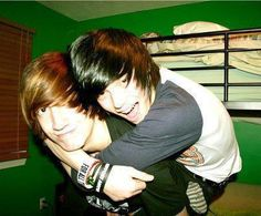 "I want to take a picture like this with an ""Emo"" one day Cute Emo Couples, Cute Emo Guys, Hot Emo Boys, Emo Love, Love Is, Cute Boys, Hot Guys, Cute Scene Boys, Scene Guys"
