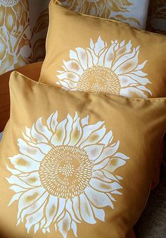 Of course these would look fantastic in the guest bedroom (GJK)!