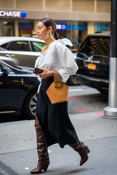 Street Style New York Fashion Week Spring 2018 | POPSUGAR Fashion