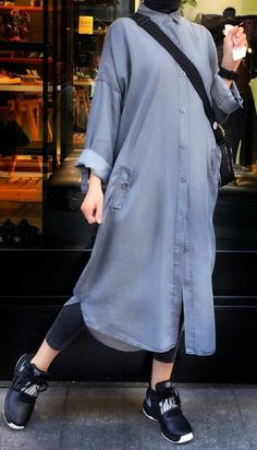 Kaban Modelleri 2020 Alle Der Tesettür Kaban Modelleri 2020 Tesettür Kaban Modelleri 2020 Alle Der Tesettür Kaban Modelleri 2020 Women Loose Fitting linen Long dress/ Asymmetric gray by MaLieb 추워서 올리는 랜덤짤! Modern Hijab Fashion, Street Hijab Fashion, Hijab Fashion Inspiration, Abaya Fashion, Muslim Fashion, Modest Fashion, Fashion Outfits, Women's Fashion, Fashion Trends