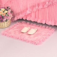 Small Area Rugs : Pink Small Area Rug For Girls Bedroom. Beautiful Bedroom Designs, Beautiful Bedrooms, Classic Furniture, Furniture Styles, Furniture Ideas, Small Kids Bed, Luxury Flooring, Small Area Rugs, Girls Bedroom